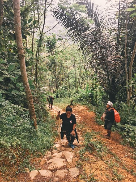 Jalan menuju Baduy Dalam