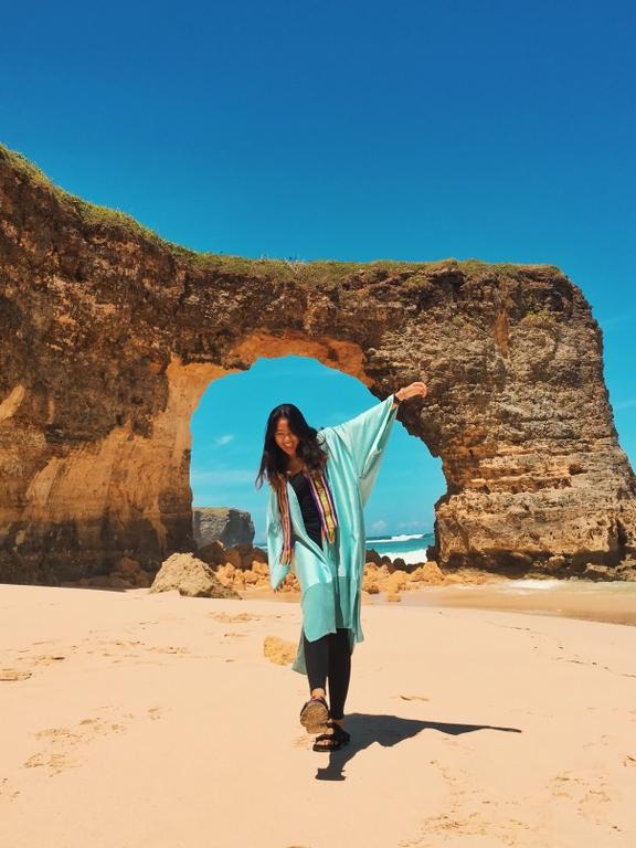 Pantai Mbawana Sumba
