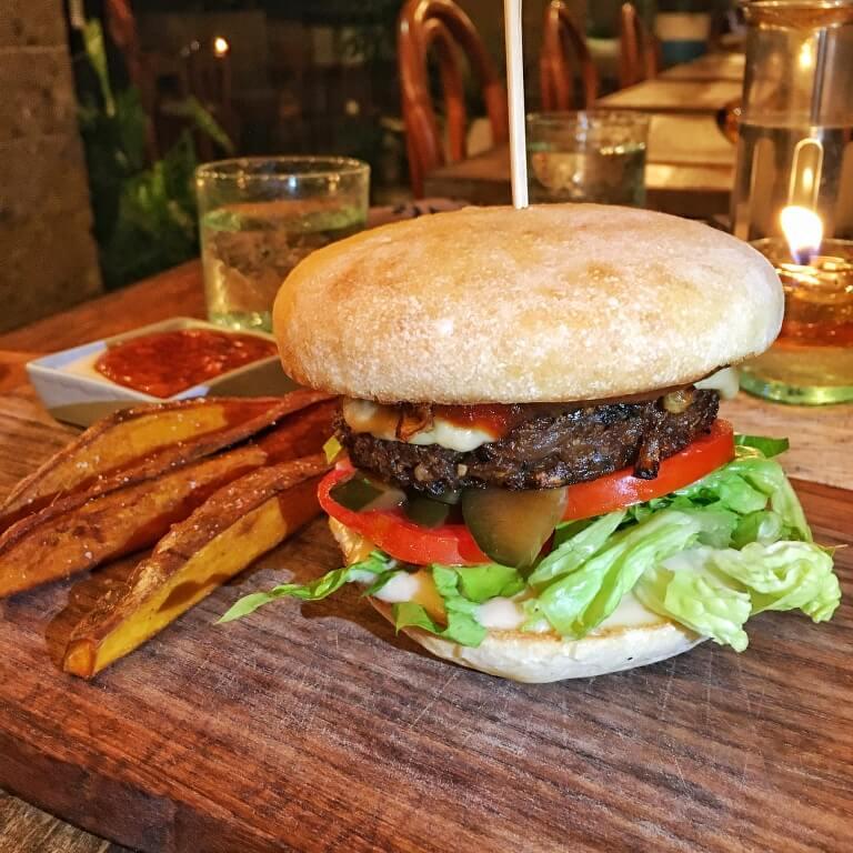 Zest Ubud - Big Zest Burger